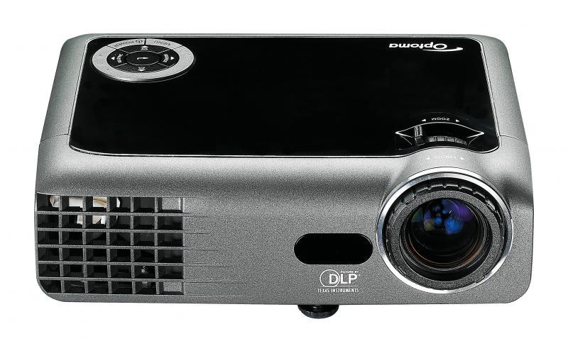 Projektor Optoma EX330, heledus 2200 ANSI luumenit, resolutsioon 1024x768, HDMI-, VGA-, S-Video sisendid, kaal vaid 1,1kg, lamp töötanud 493h, lambi ressurss 5000h (eco-mode), garantii 6 kuud (ei laiene lambile)