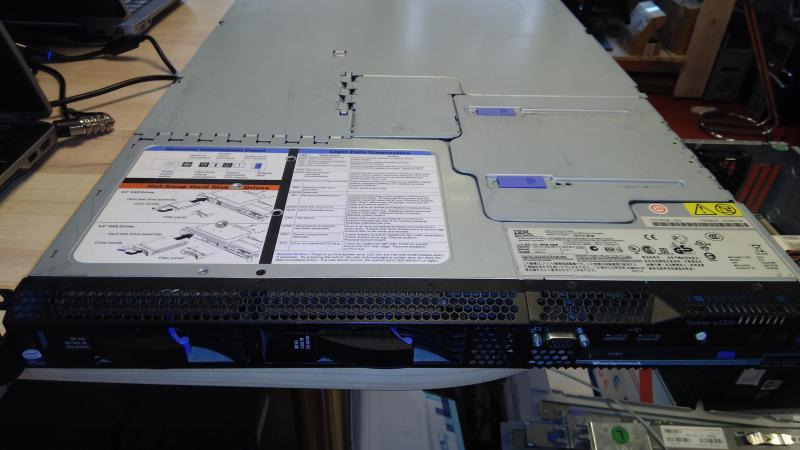 IBM X3550/CPU: 2x Intel(R) Xeon(R) CPU E5320 @ 1.86GHz @ 1.86GHz/Ram 4Gb/Ketasteta/Operatsioonisüsteemita/garantii 1 kuu/