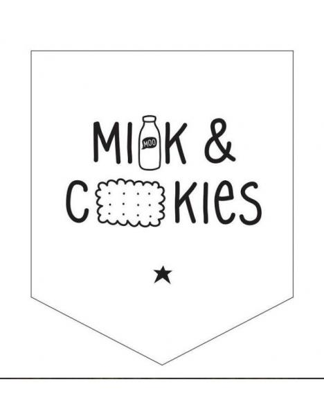 Mini Wall Flag Milk & Cookies
