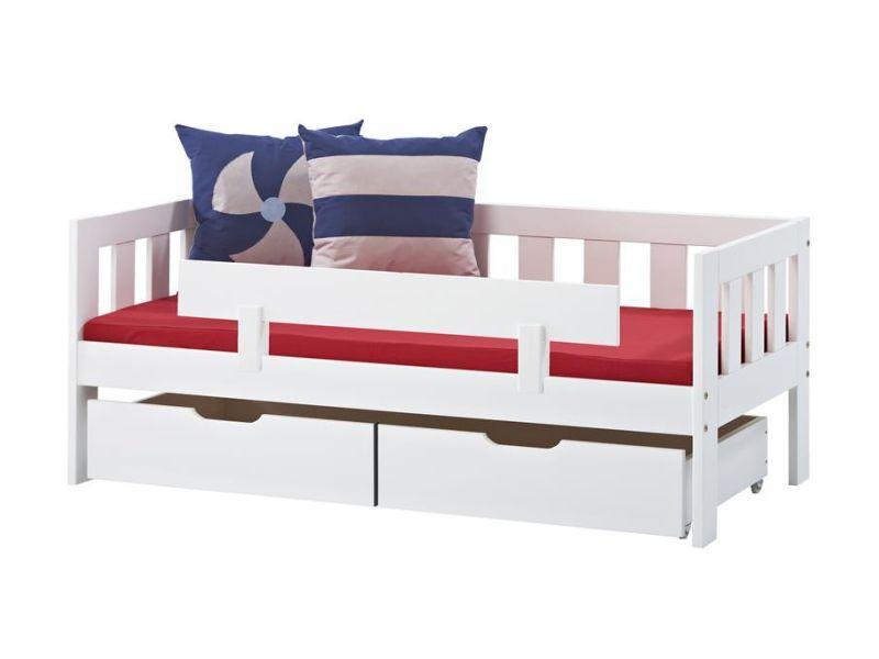 Turvapiire voodile VALDEMAR