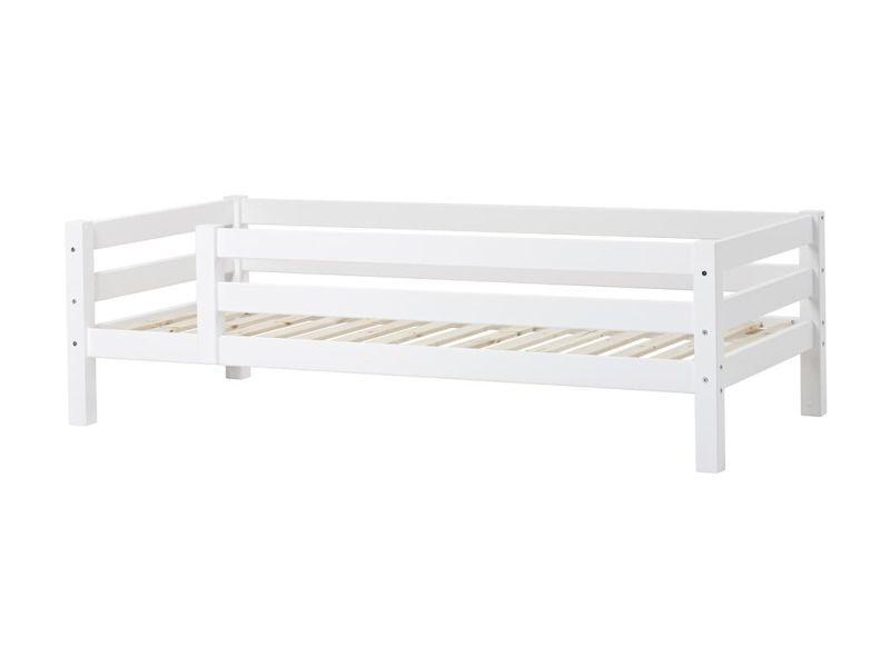 PREMIUM Junior bed with 3/4 safety rail 90x200 cm - white