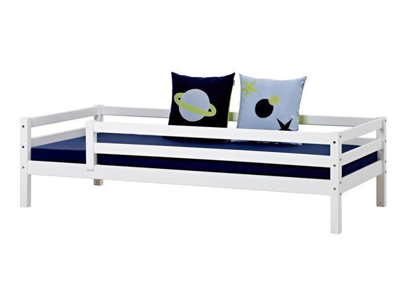 Esi- ja tagapiirdega voodi BASIC 70x190 valge