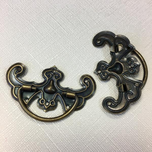 Metallist sahtlikäepide 1tk pronks 4,5cm