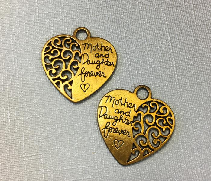 Metallist südame kujuline tekstiga ripats 1tk