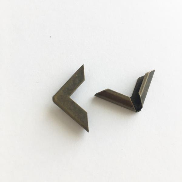 Metallist nurk, pronks 16x16mm 1tk