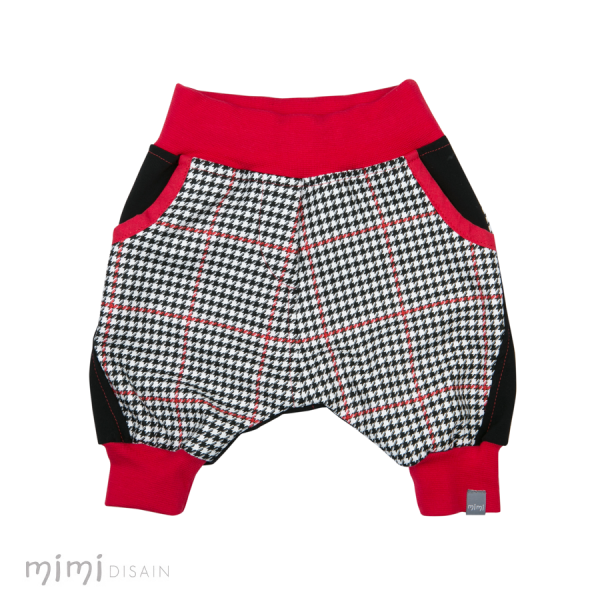Mimi Baggie Knee Pants Black/ Red