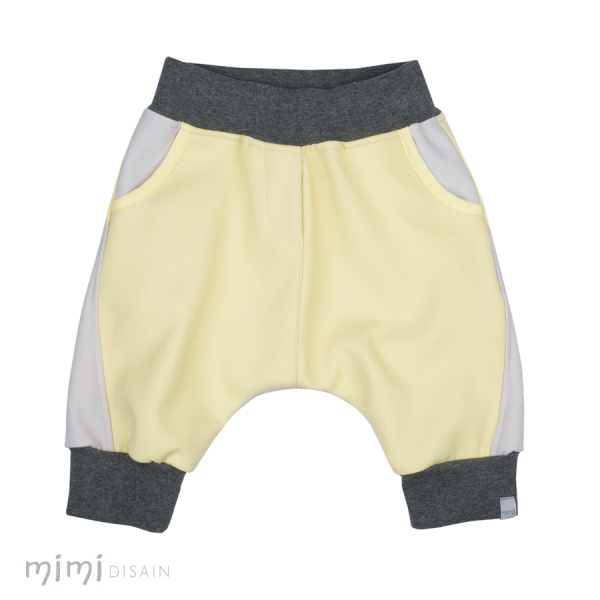 Mimi Baggie Knee Pants Light Yellow Front