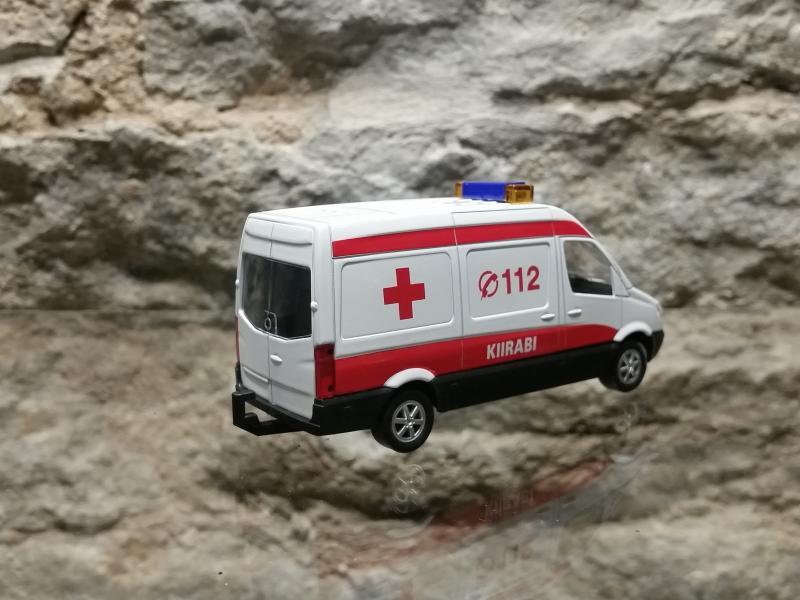Kiirabiauto met.112