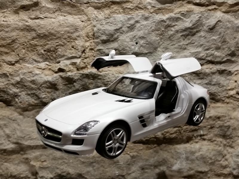 Raad.auto MB SL AMG kajakatiib 1:14 Rastar valge