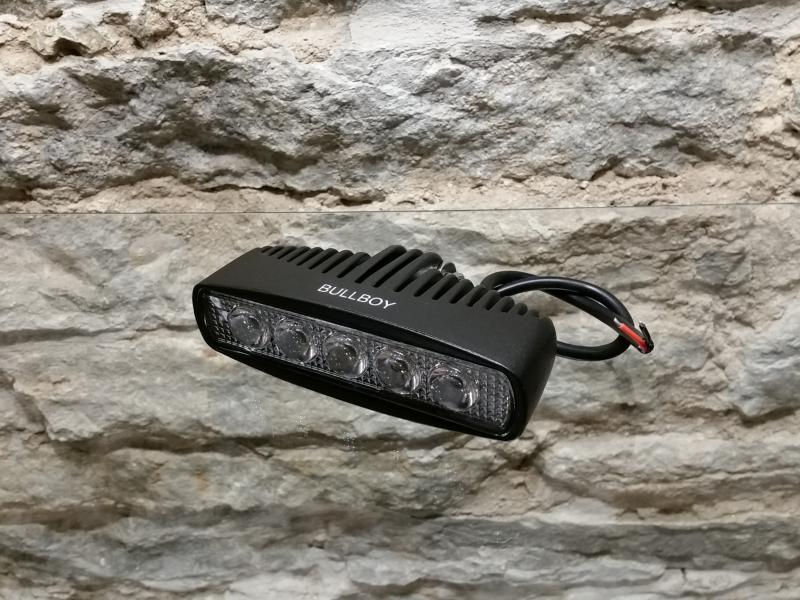 LED-töötuli, 9-32V, 15W 5xLED, 800lm, IP68