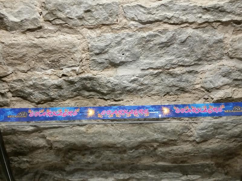 Säraküünlad suured 70cm, karbis 3tk