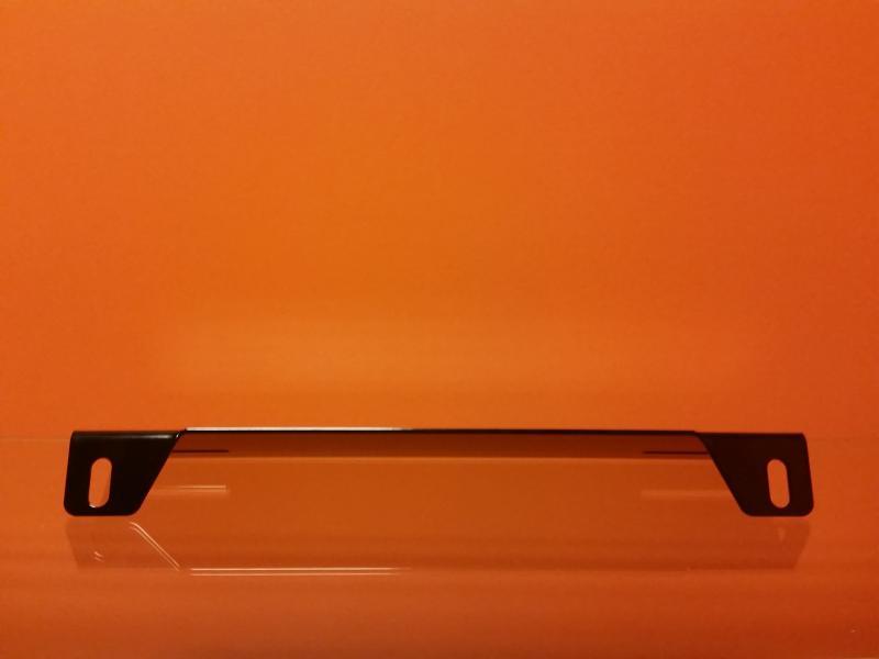 Lisatulede kinnituskronstein numbrimärgi taha mustaks värvitud HD-mudel (paksus 3mm)