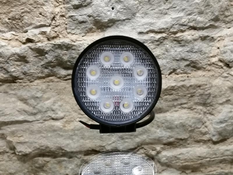 LED-töötuli, 12-32V, 9X3W Epistar-LED, polükarbonaatklaas