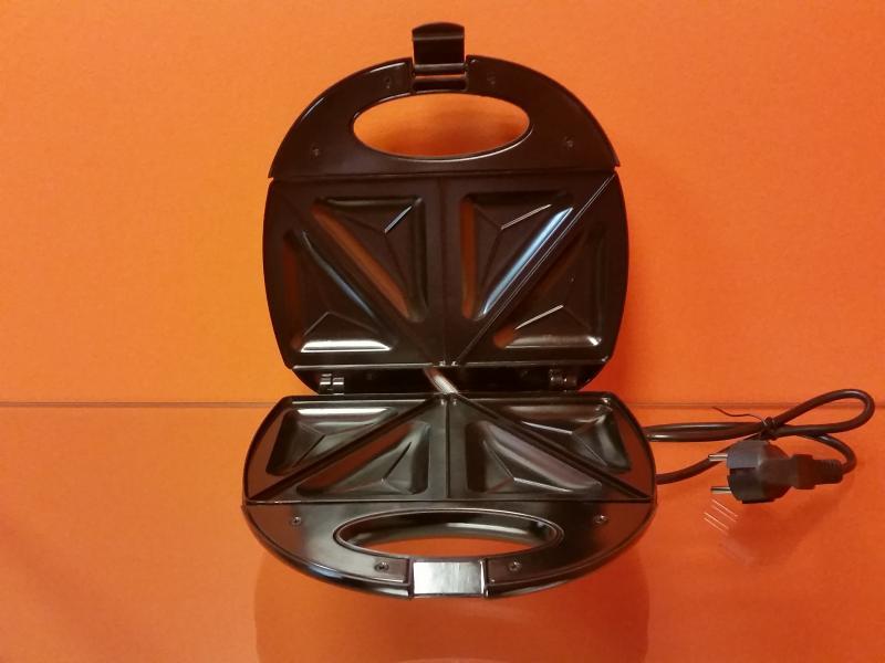 Võileivagrill 750w must/metallik Adler