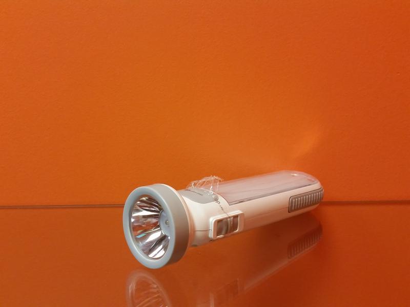 Laetav LED taskulamp/töölamp