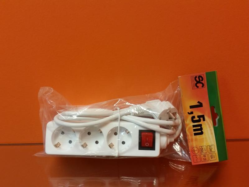 Pikendusjuhe lülitiga 3 pesa, juhe 1,5m 3G1,0mm² 16A valge