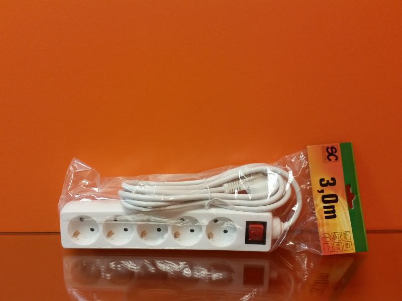 Pikendusjuhe lülitiga 5 pesa, juhe 3m 3G1,0mm² 10A valge