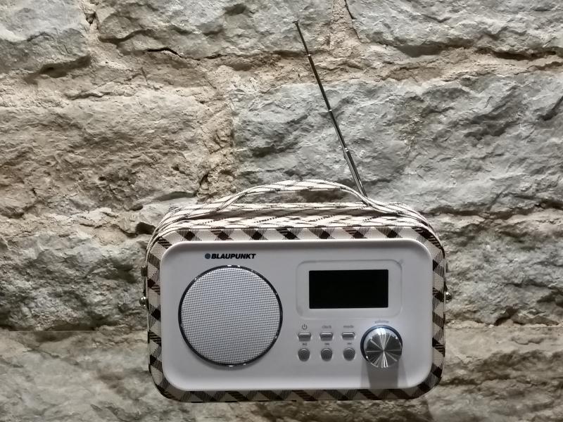 Kaasaskantav raadio akutoitega Blaupunkt PP25GD
