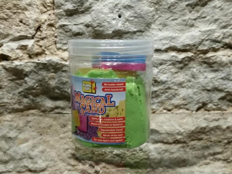Maagiline liiv 400g+vormid Värvus roheline