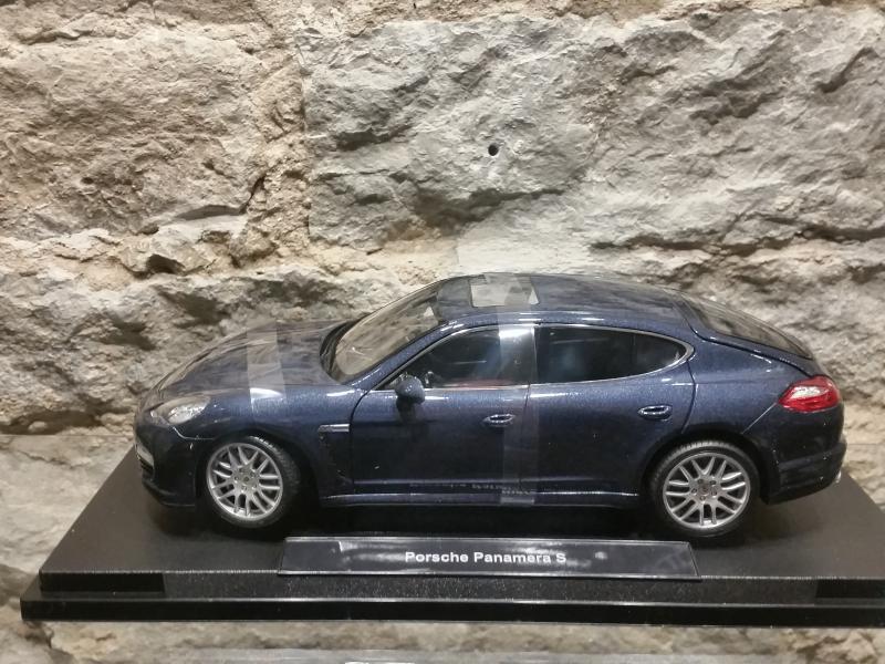 Porsche Panamera S mudel 1:18 Welly
