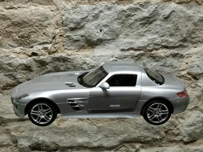Raad.auto MB SL AMG kajakatiib 1:14 Rastar hall