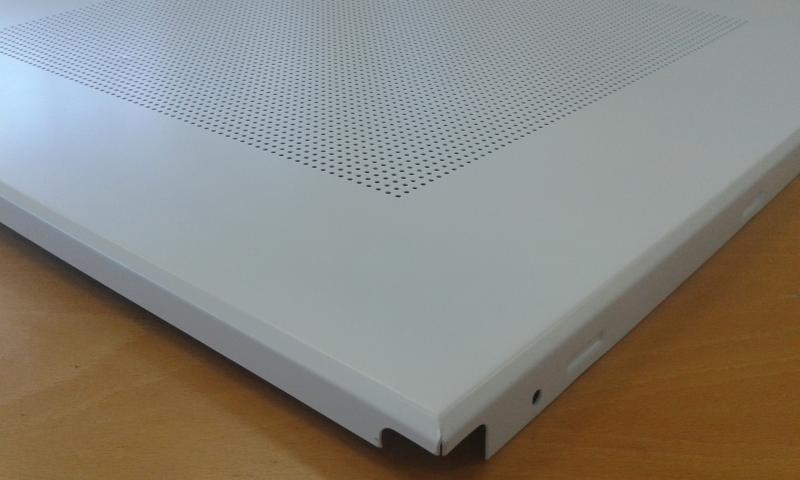 Alumiinium laeplaat 60x60cm (0,6mm+värvitud/10cm border/clip in)