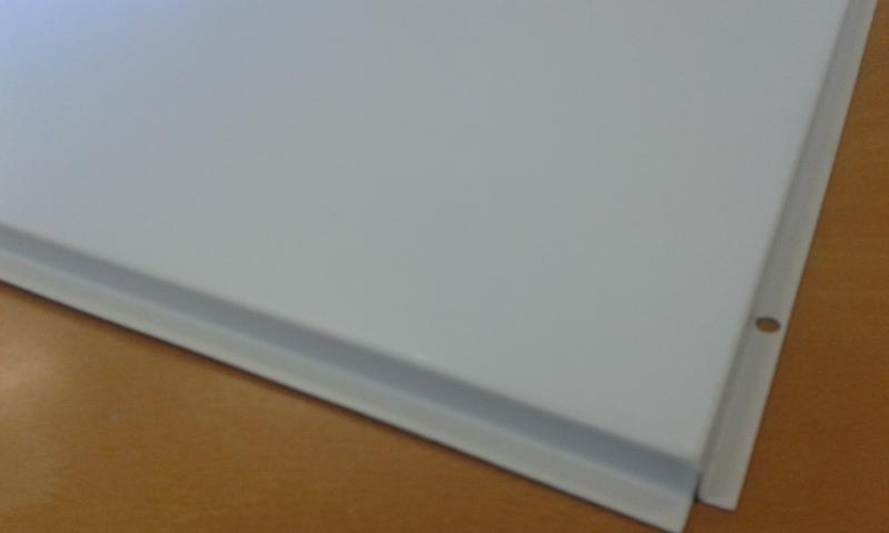 Galvaniseeritud laeplaat 60x60cm (0,4mm+värvitud/ no perf./ clip-in)