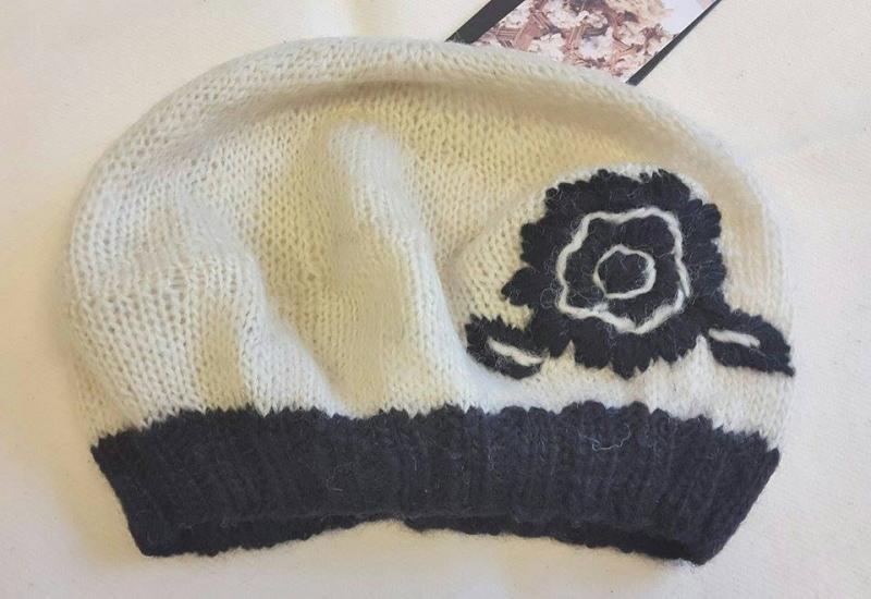 Lace Fitted tikitud müts