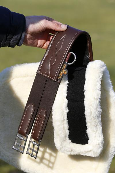 Kentucky Sheepskin stud girth cover