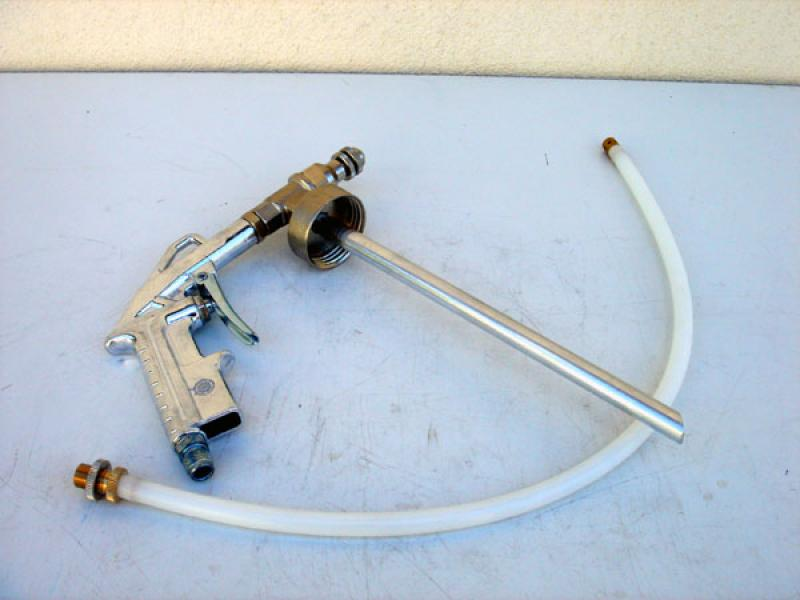 STC UBS spray gun (for underbody coatings) includes hose